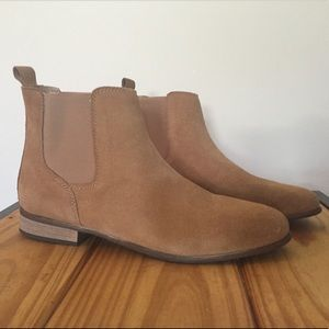 7f37fec1189 Urban Outfitters Shoes | Chelsea Boot | Poshmark